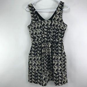 Sleeveless  dress Sz S black cream super cute